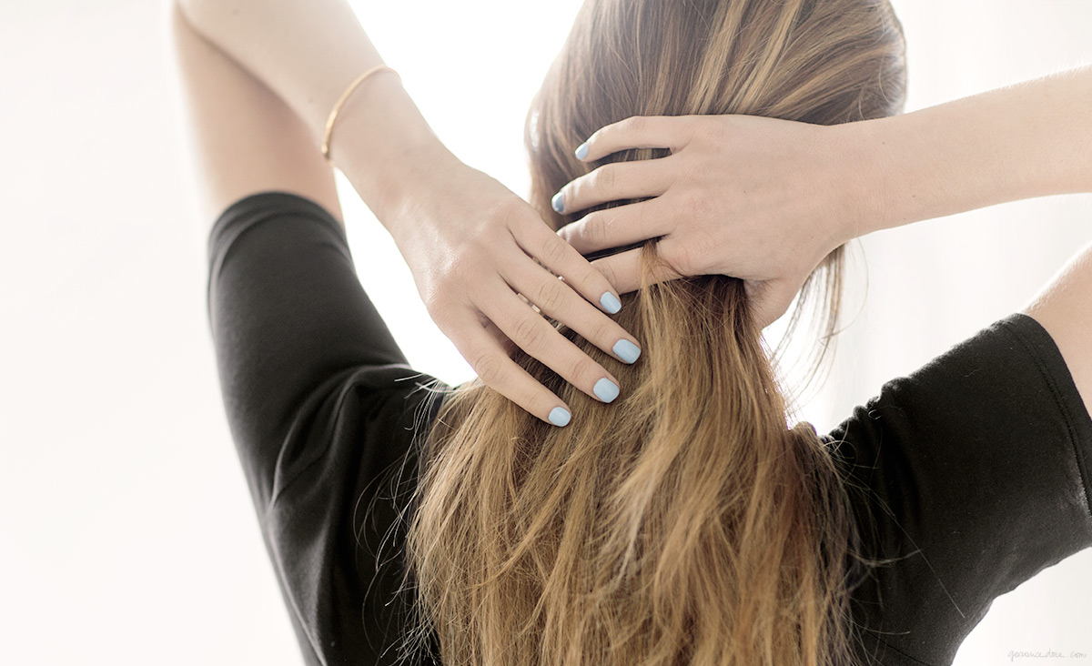 blue-nails_garance-dore_1